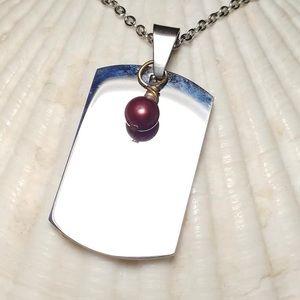 Jewelry - Dog tag pendant